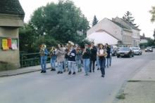 1996 Jugendmusik in Marschformation